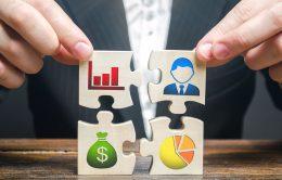 不動産投資の融資で金融機関が見る「個人属性」とは? | 高属性・低属性の影響を解説